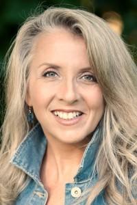 Ellen Meister Author (002)