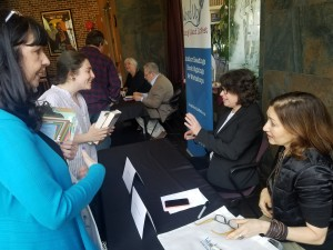 Meg Wolitzer and Annabelle Gurwitch sign books for fans.